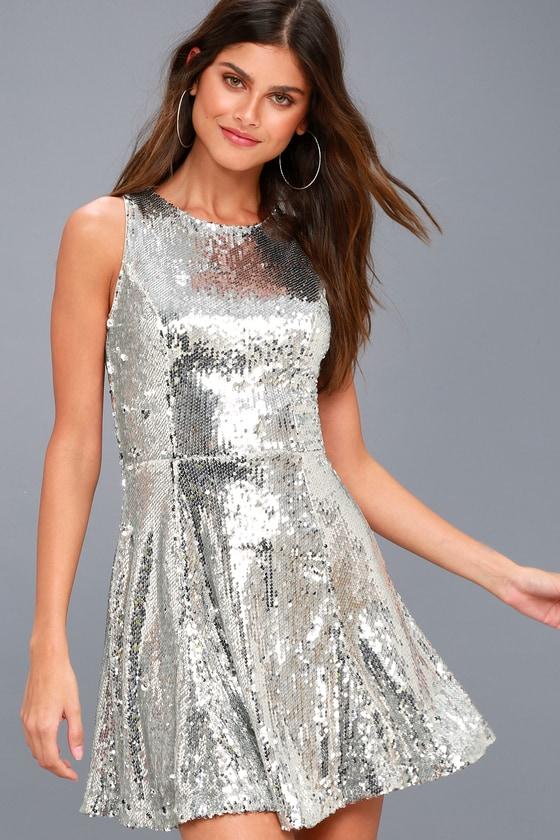 City Dreams Silver Sequin Sleeveless Skater Dress 6