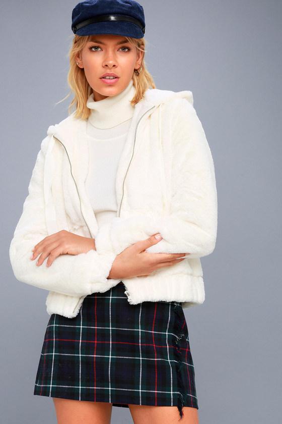 Soft Spot Cream Faux Fur Hoodie 3