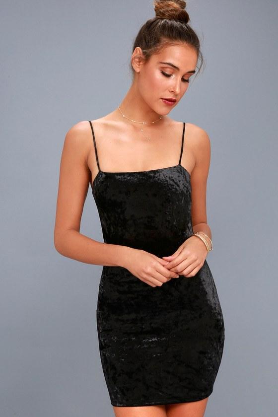 Flirty and Fierce Black Velvet Bodycon Dress 3