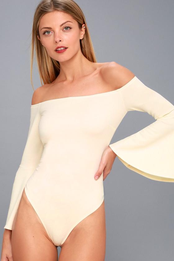 White Off-the-Shoulder Bodysuit - Bell Sleeve Bodysuit f308f1c10