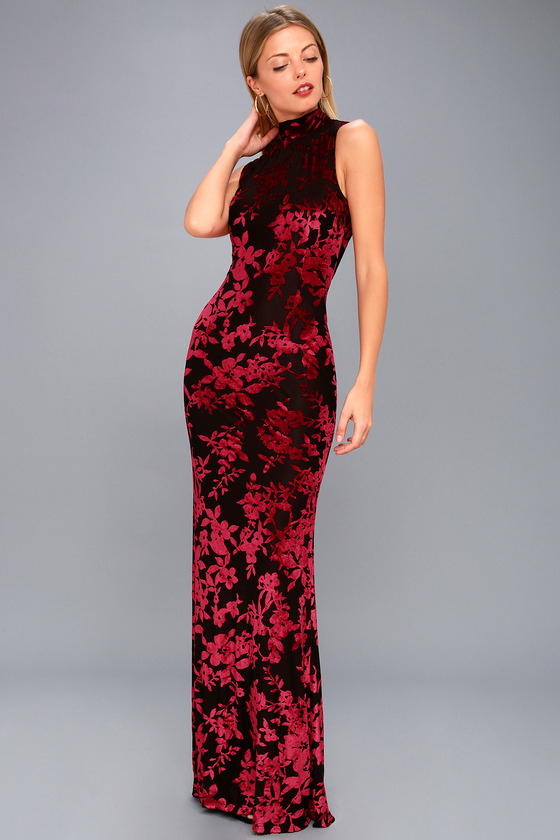 58b605e5a45 Dariana Black and Red Velvet Floral Print Backless Maxi Dress