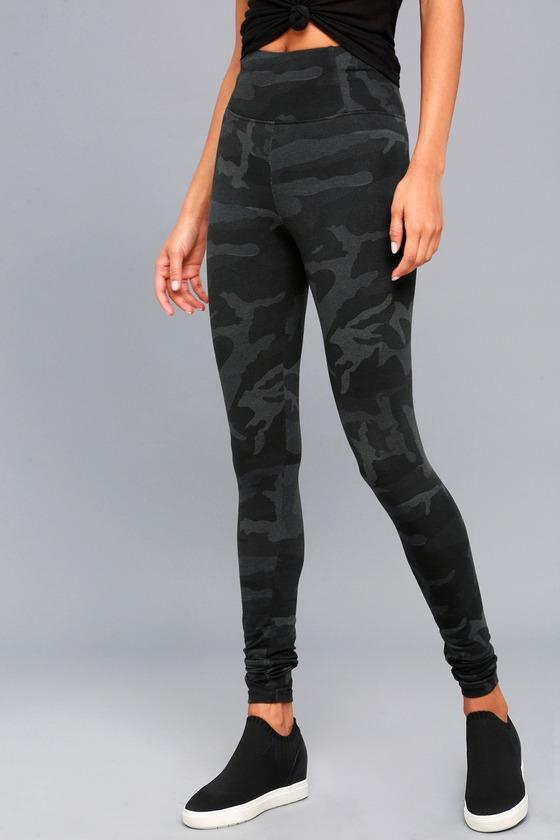 97905e3b06830 Cute Grey Camo Print Leggings - High-Waisted Leggings