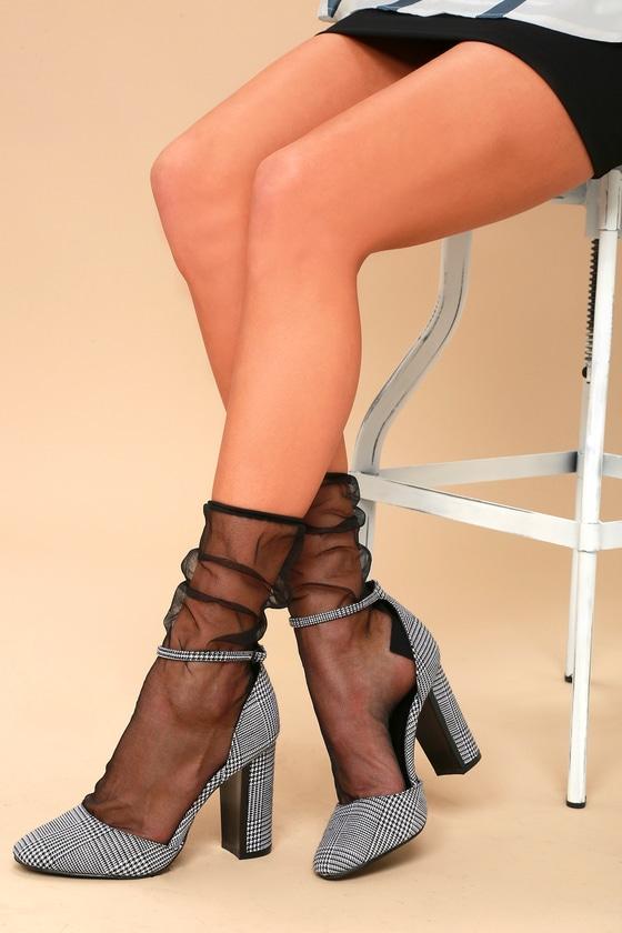 Clairey Black Mesh Socks 3