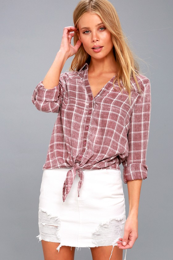 Just Chilling Washed Mauve Plaid Button Up Top by Lulus