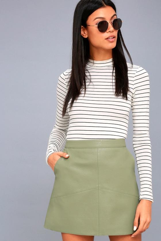 61faca3c4 Sexy Mini Skirt - Vegan Leather Mini Skirt - Green Skirt