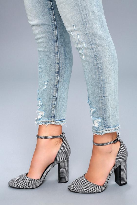 6306ac30b6d Chic Houndstooth Heels - Ankle Strap Heels - Block Heels