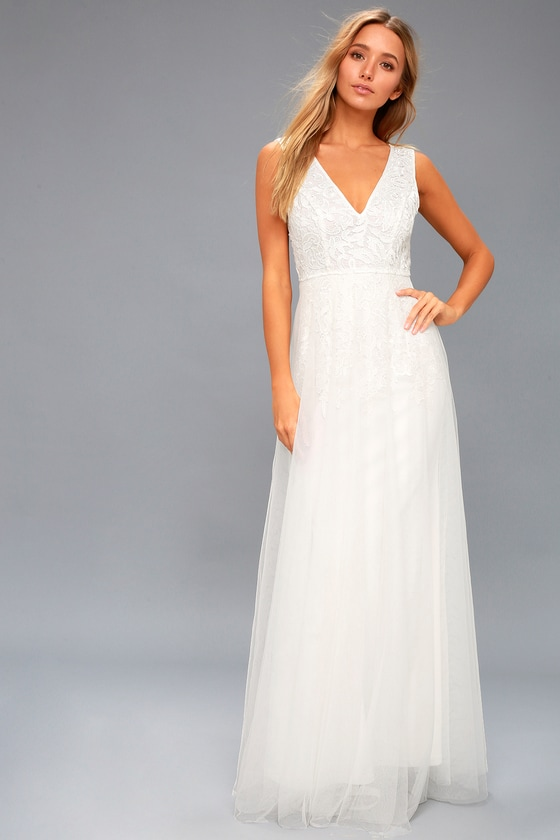 1960s Style Wedding Dresses and Gowns
