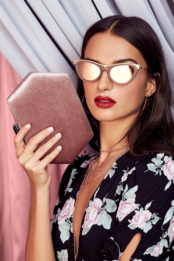 2c05826c8994 Le Specs Enchantress - Grey Sunglasses - Cat-Eye Sunglasses