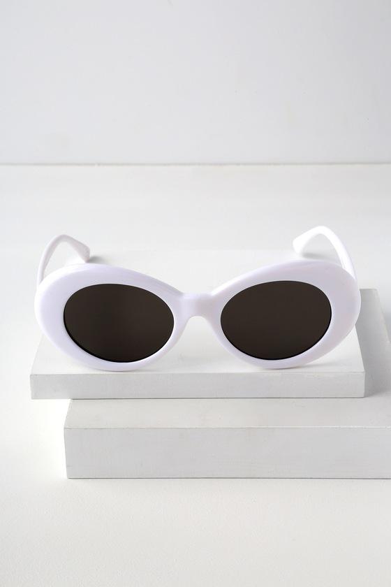 066e1df2a39f Trendy Sunglasses - White Sunglasses - Oval Sunglasses