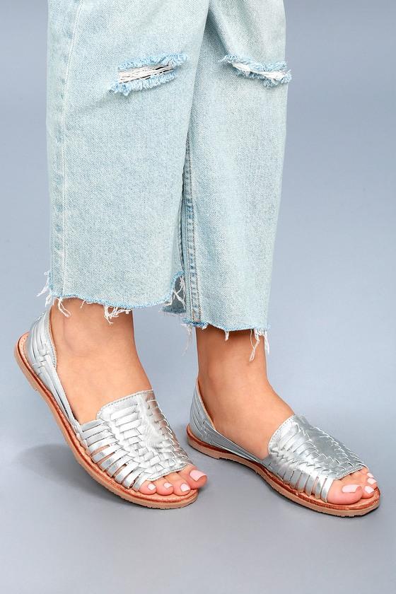 22c105fc6e73cd Sbicca Jared Flats - Silver Huarache Flats - Leather Sandals
