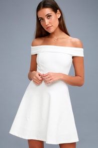 Trendy White Dresses for Women in the Latest Styles  94d2aa0b3