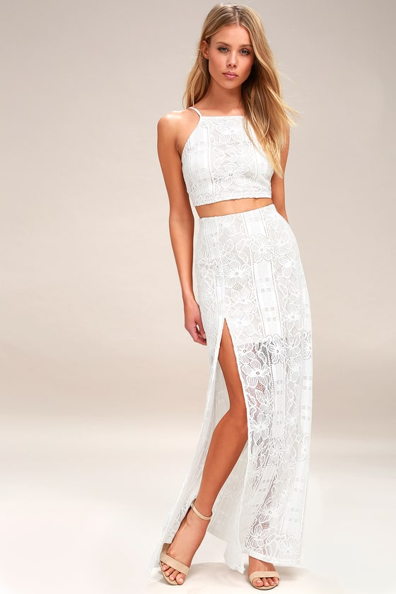 Vivid Details White Lace Two-Piece Maxi Dress