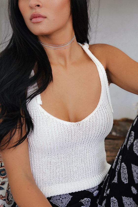 Shine bright in the Lulus Quasar Silver Choker Necklace Set! Three silver chain necklaces with varying textures and designs. Lobster clasp closure. Shortest necklace measures 11. 5\