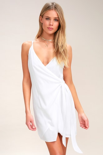170974698f0 Heat Wave White Wrap Swim Cover-Up