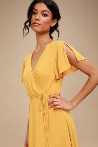 c699a94d841c Find a Trendy Women s Yellow Dress to Light Up a Room