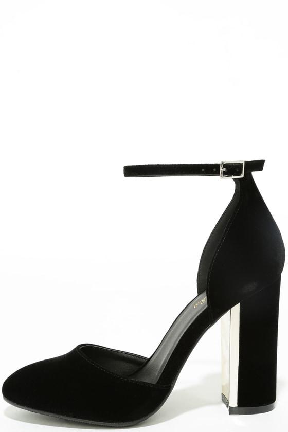 1899367a6195a3 Chic Black Velvet Heels - Ankle Strap Heels - Block Heels