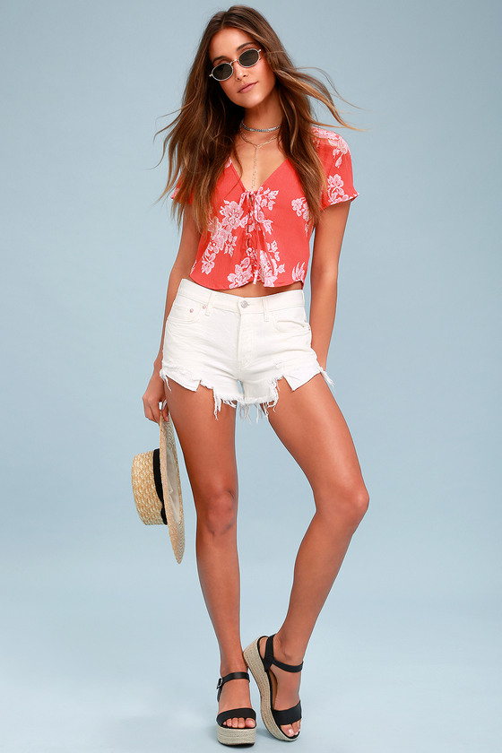 133e9032bf44 Cute Coral Red Floral Print Top - Crop Top - Tie Front Top