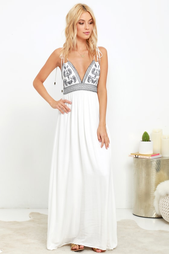 LONG LACE EMBROIDERED MAXI DRESS ...