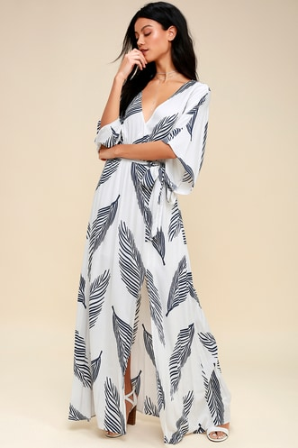 75bd1be1d2e Sign of the Times White and Navy Blue Leaf Print Maxi Dress