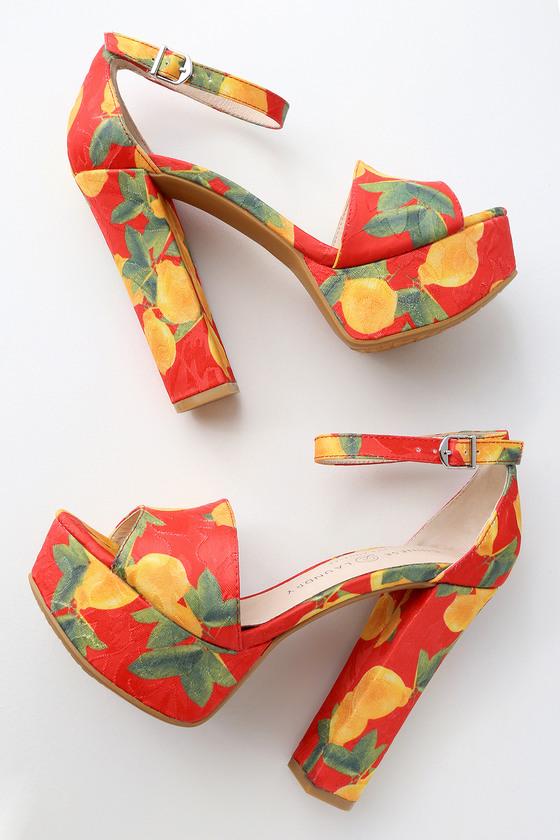 6de18d1d1184 Chinese Laundry Avenue 2 - Platform Heels - Lemon Print Heel