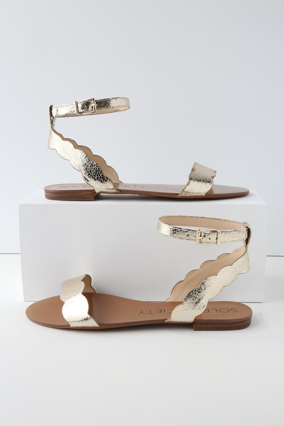 ed1e6154d98 Sole Society Odette - Gold Sandals - Flat Sandals