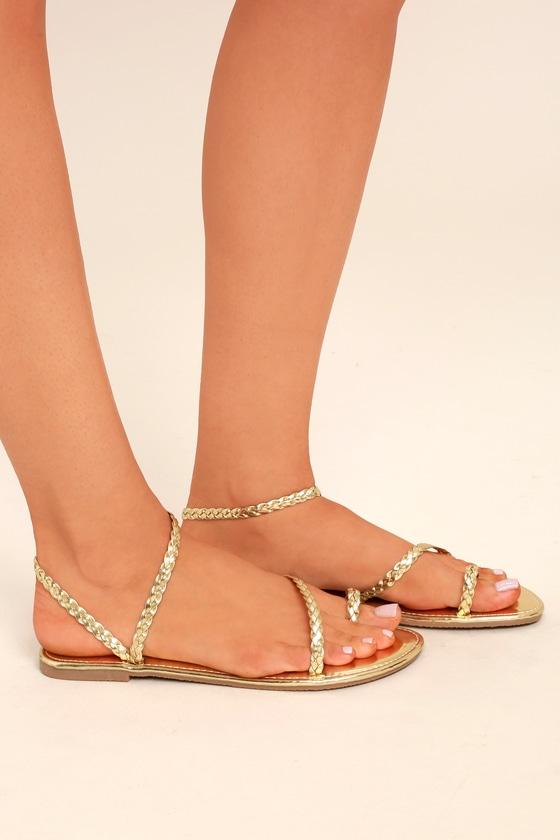 Vintage Sandal History: Retro 1920s to 1970s Sandals Mirela Gold Flat Sandal Heels - Lulus $17.00 AT vintagedancer.com