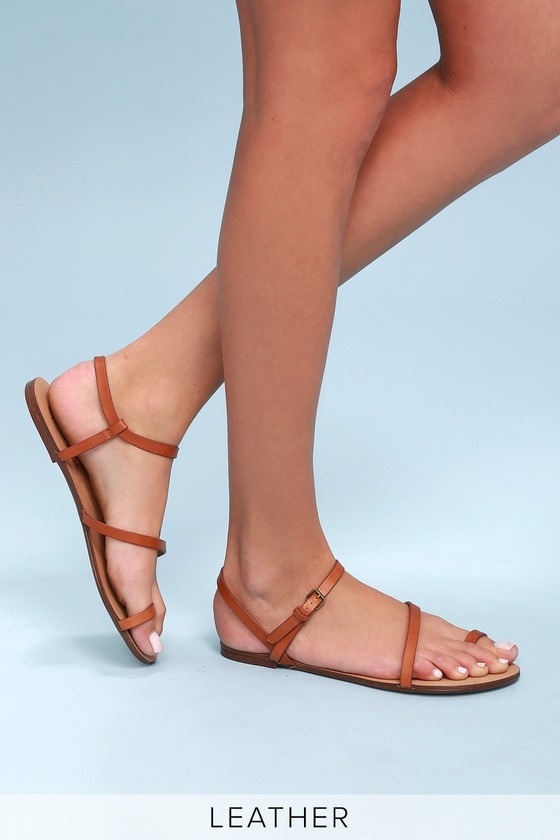 7dc09b7e1483 Splendid Flower - Cognac Flat Sandals - Toe Loop Sandals