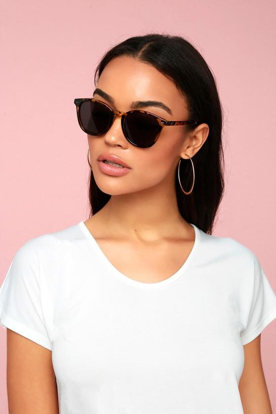 050dd1aa01a Le Specs Bandwagon - Tortoise Sunglasses - Round Sunglasses