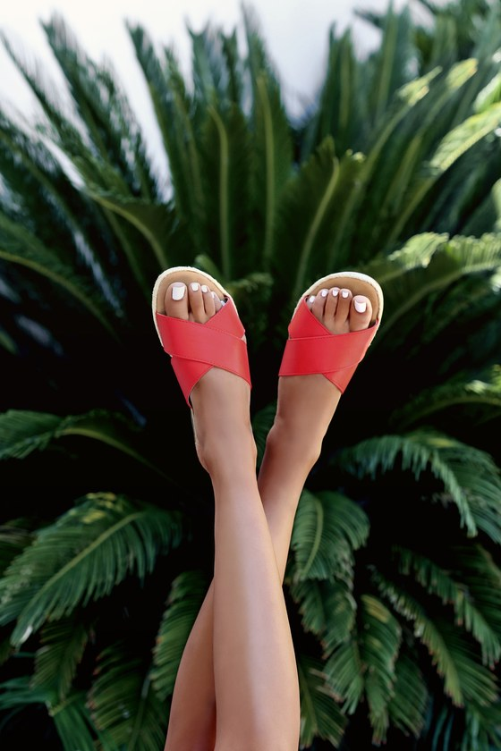 Lulus Exclusive! Take the Lulus Koren Red Espadrille Slide Sandals from the beach, to downtown, and back again! Red vegan leather straps cross atop a peep-toe upper with an espadrille-wrapped welt. Fit: This garment fits true to size. 0. 25\\\