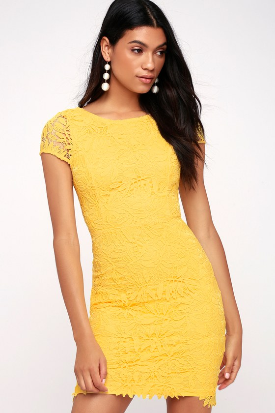 RIGHT SHEER, RIGHT NOW YELLOW LACE BODYCON DRESS