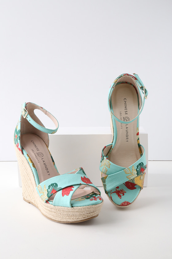 Chinese Laundry MORGAN TEAL BROCADE ESPADRILLE WEDGES