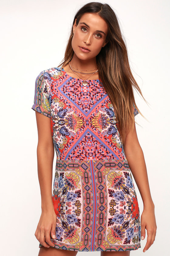 50 Vintage Inspired Clothing Stores Sangria Coral Pink Tile Print Shift Dress - Lulus $49.00 AT vintagedancer.com
