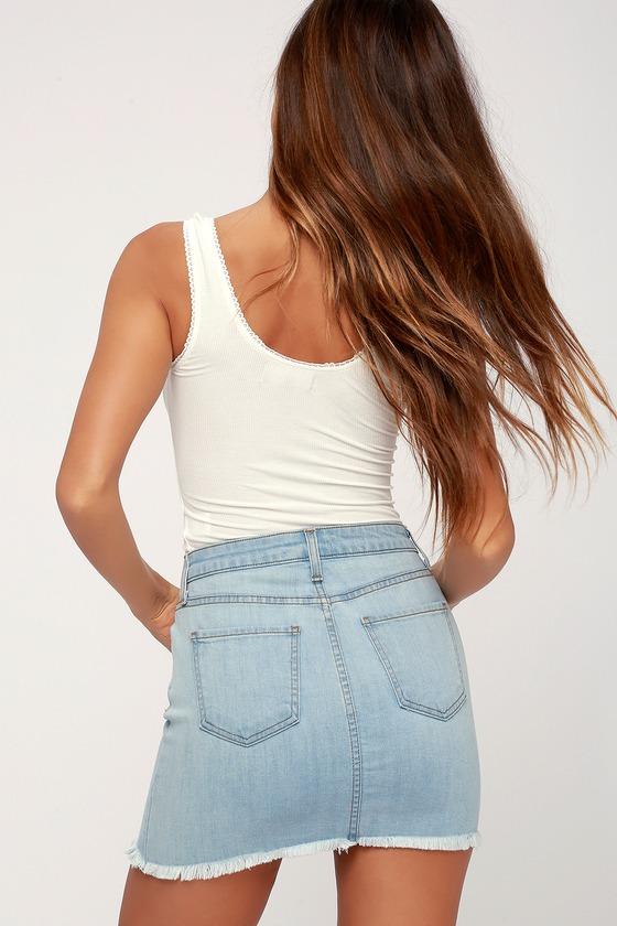 eda7342f28 Light Wash Denim Skirt - Mini Skirt - High-Waisted Skirt