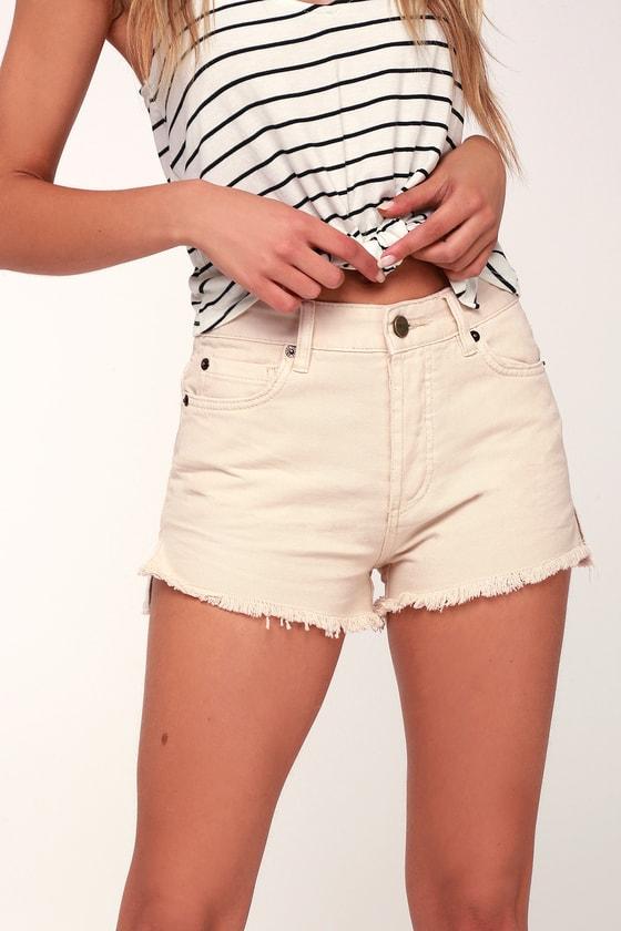 27efb87e4ed7 Amuse Society Shoreline - Beige High-Waisted Denim Shorts