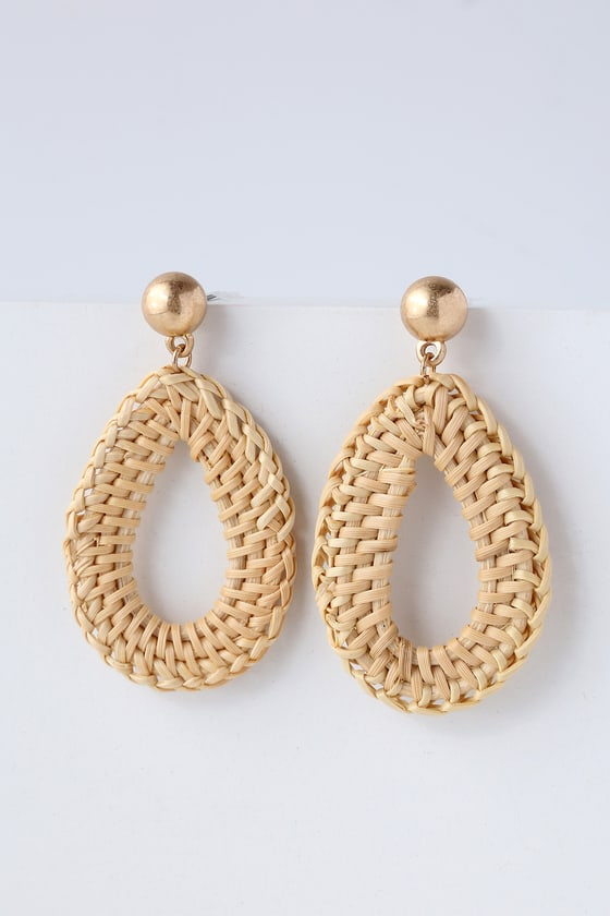 Vintage Style Jewelry, Retro Jewelry Rocco Beige Woven Earrings - Lulus $14.00 AT vintagedancer.com