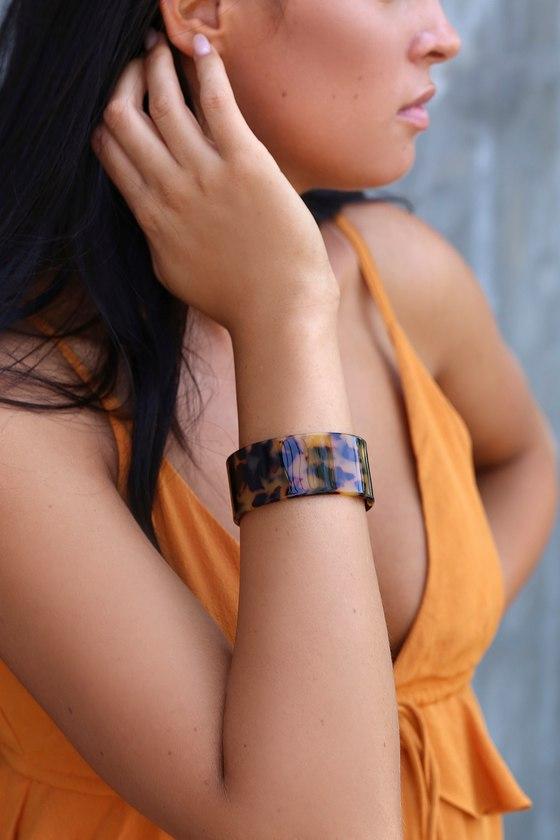 Vaidehi Tortoise Acrylic Cuff Bracelet by Lulus
