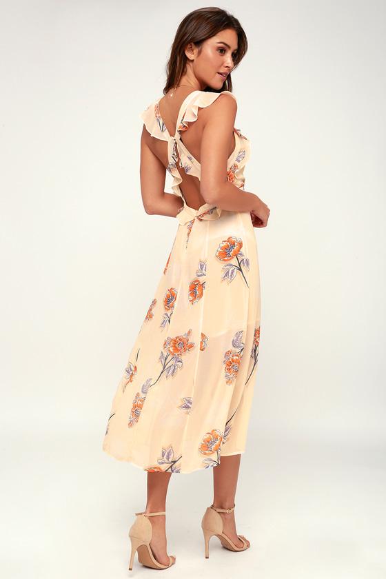 54e9041e7e8 ASTR the Label Milani - Peach Floral Print Dress - Midi Dress