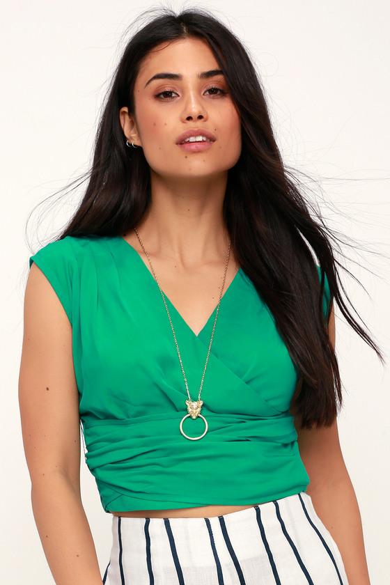 Al Fresco Green Sleeveless Surplice Crop Top