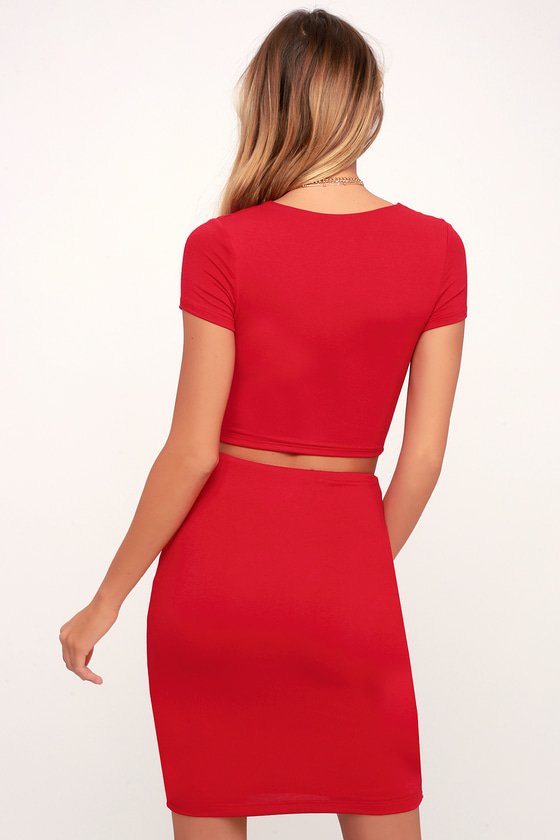plain red two piece outfit lyrics