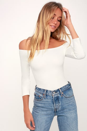 238804dd629b Find a Cute Off-Shoulder Casual Dress at a Great Price