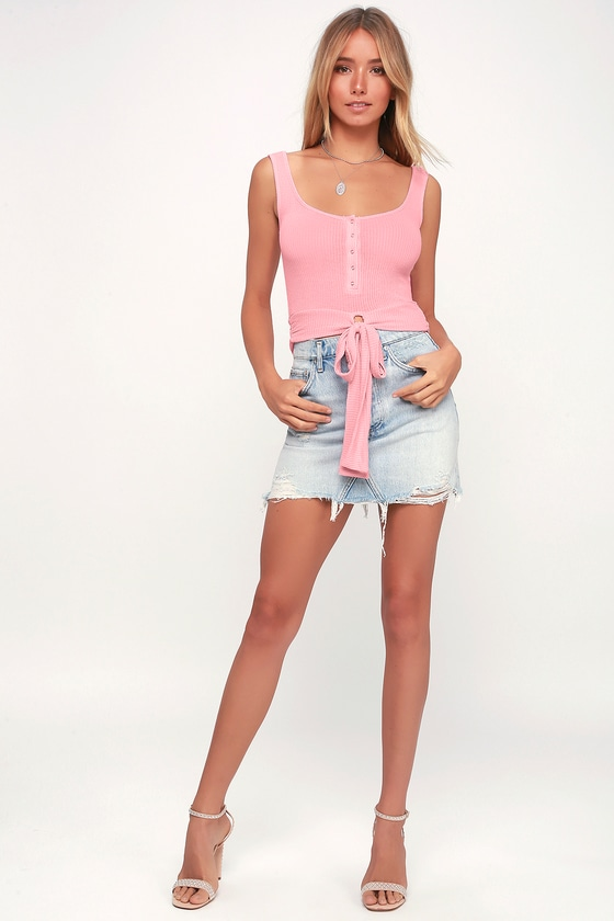 72e47853339883 Project Social T - Pink Ribbed Top - Tie-Front Tank - Crop Top