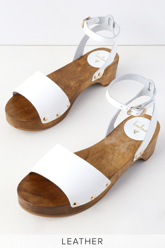 525f14f5df0a1 Willy White Leather Open-Toe Clog Sandals