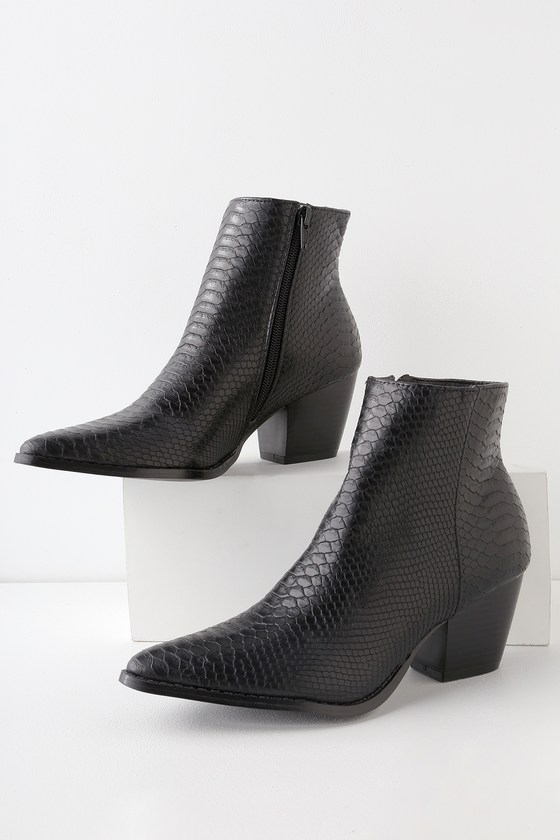 fb975bde Spirit Black Snake Pointed Toe Ankle Booties