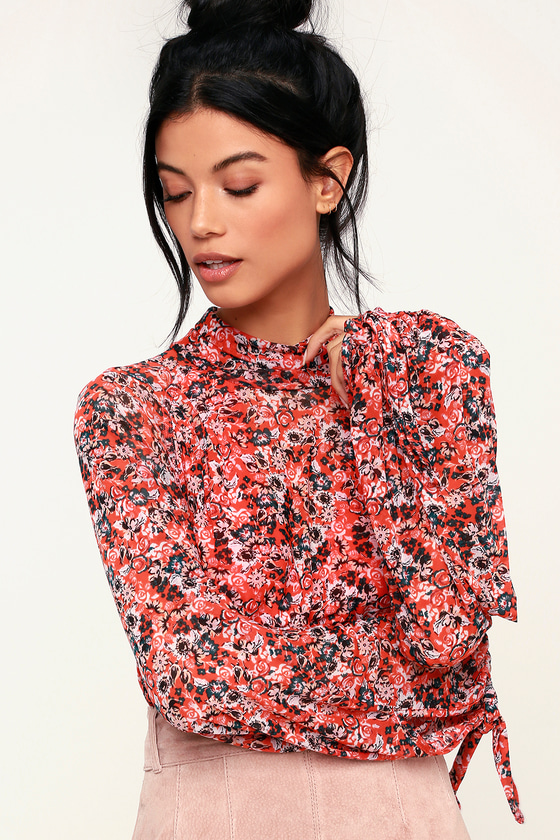 2c25e689525ef5 Free People All Dolled Up - Red Floral Print Top - Mesh Crop Top