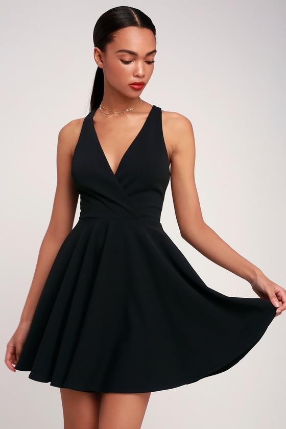 8b9dd287a Cute Black Dress - Twist Back Skater Dress - Skater Dress - LBD