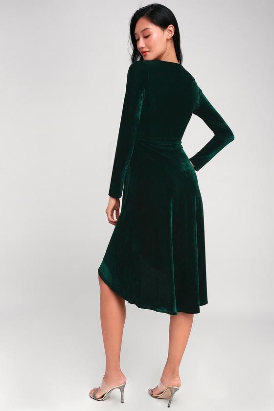 e9dba9d4a72 Silver Screen Emerald Green Velvet Long Sleeve Midi Dress