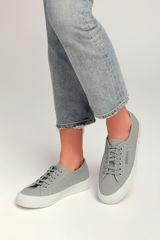 pretty nice 15b97 2107f 2750 COTU Light Grey Sneakers