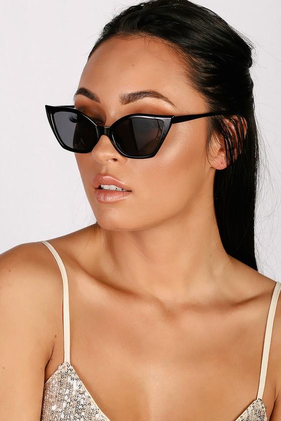 Retro Sunglasses | Vintage Glasses | New Vintage Eyeglasses Feline Fierce Black Cat-Eye Sunglasses - Lulus $14.00 AT vintagedancer.com