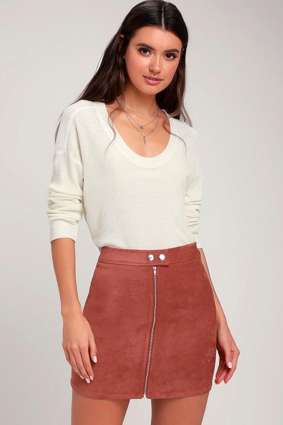 c78aeff953d7 Chic Mini Skirt - Vegan Suede Mini Skirt - Rust Red Mini Skirt