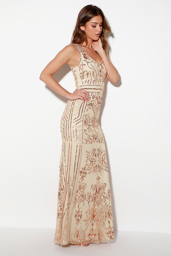 1930s Evening Dresses | Old Hollywood Dress Dramatic Entrance Rose Gold Sequin Maxi Dress - Lulus $112.00 AT vintagedancer.com